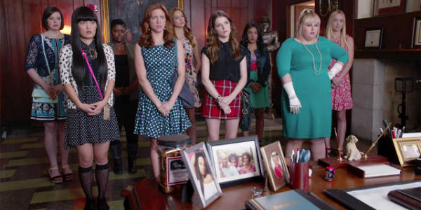 Pitch Perfect 2 group in office