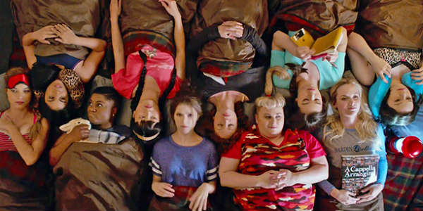 Pitch Perfect 2 - group sleeping