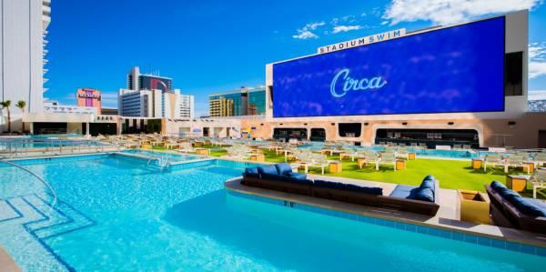 Circa Resort & Casino - Stadum Swim